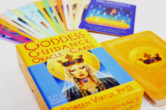 goddess-guidance-oracle-cards-1